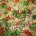 Veggie pizza with chicken
